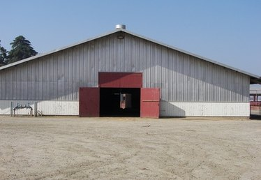 How to Put Up a 24-Foot by 24-Foot Pole Barn From the Ground Up