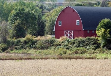 How to Plan for Building a Barn