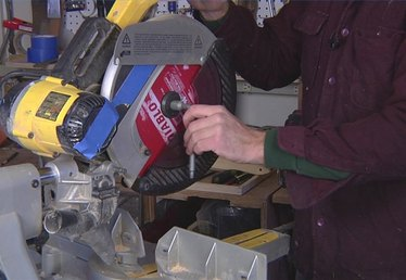 How to Change a Blade on a Compound Miter Saw