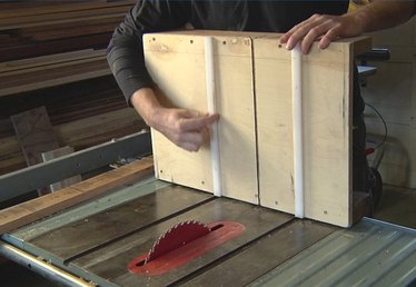 How to Use a Cross-Cut Sled on the Table Saw