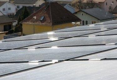 How to Heat a House With Solar Heating