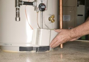 How to Drain My Gas Water Heater Tank