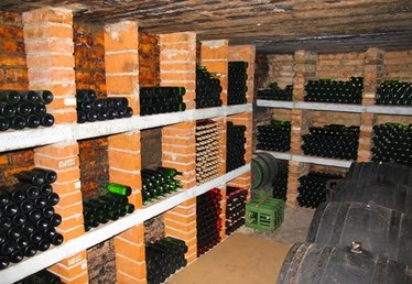 How to Store Homemade Wine