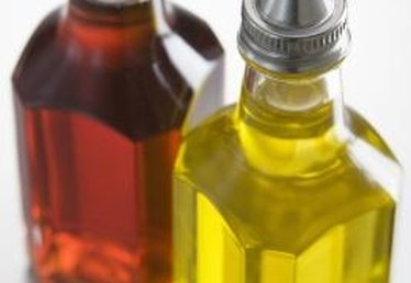 How to Use Olive Oil for Salad Dressing