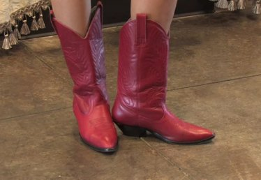 How to Wear Cowboy Boots for Women