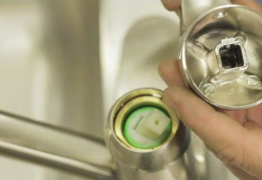 How to Repair a Sink Handle