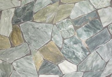 Advantages and Disadvantages of Flagstones