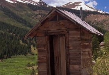 How to Build a Small Outhouse for Looks