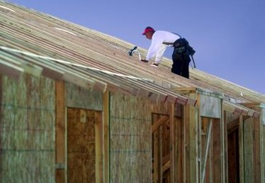 How to Increase the Roof Pitch on My Mobile Home