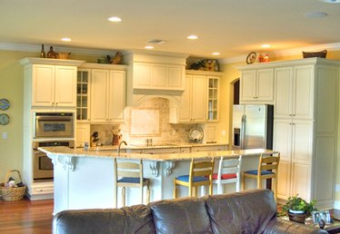 Different Shapes of Kitchen Islands