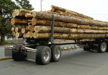 How to Haul Wood Utility Poles