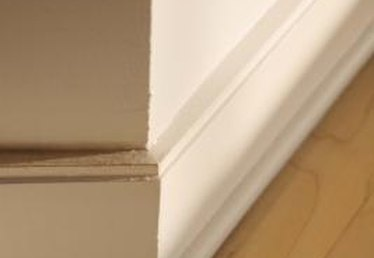 How to Space for Finishing Nails on a Baseboard