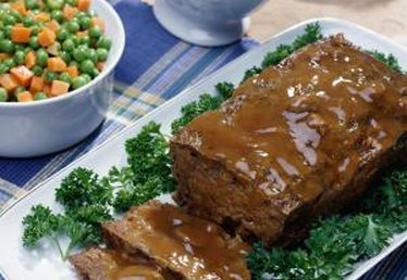 How to Make Meatloaf Without Using Dried Bread Crumbs