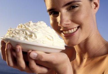 How Much Whipped Cream From Eight Ounces of Heavy Cream?