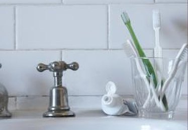 How to Use Subway Tile in a Bathroom