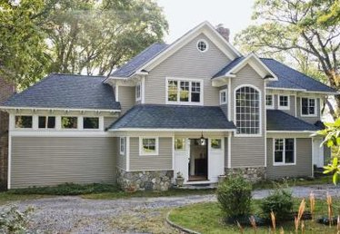 Does Re-Siding Your Home Add Resale Value?