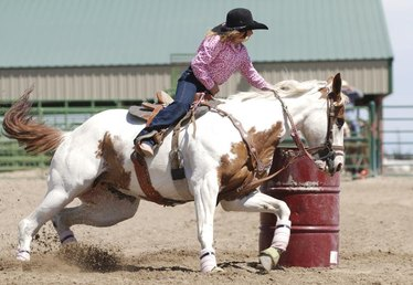 How Much Money Does a Barrel Racer Make?