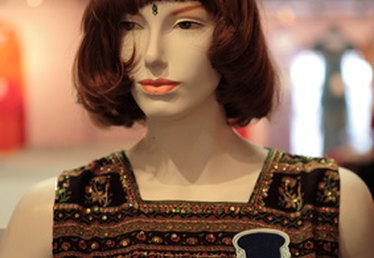 How to Make a Wig on a Sewing Machine
