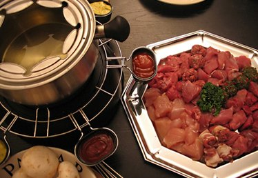 How to Do Meat Fondue