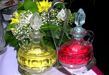 How to Make Colored Cooking Oils