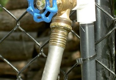 How to Cap an Outdoor Faucet