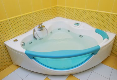 How to Refinish Plastic Bathtubs