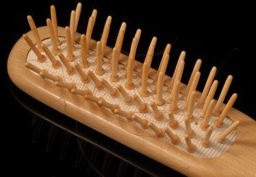 How to Dissolve Hair From a Hairbrush at Home