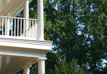 How to Attach Railings to a Column