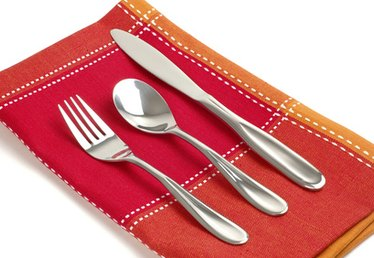 How to Identify Flatware Types