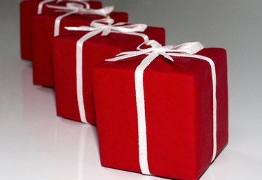 How to Start a Gift Wrapping Service and How to Set the Prices