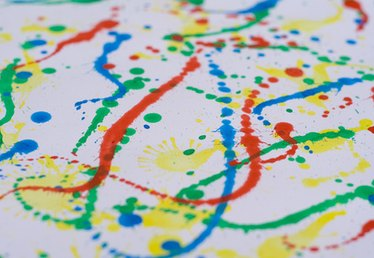 How To Give a Splatter Look With Oil Paint