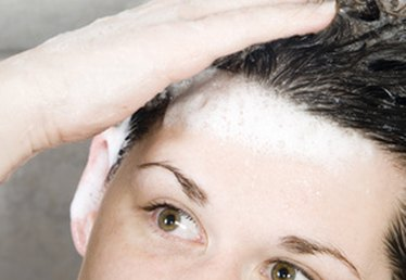 How to Get Rid of Oily Scalp for Women