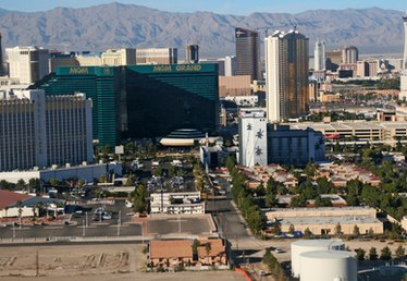 Las Vegas Hotels With a Government Discount