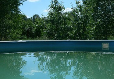 How to Get Wrinkles Out of an Above Ground Pool Liner