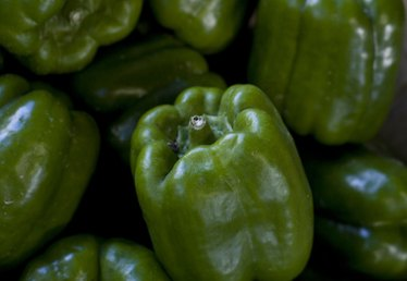 How to Germinate Green Pepper Seeds