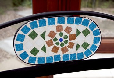 How to Make a Broken China Mosaic Stepping Stone