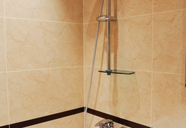 How to Clean Bathroom Scum From Grout