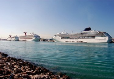Hotels With the Port of Miami Shuttle in Miami, Florida