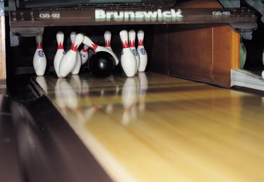 What Are the Expenses for a Professional Bowler?
