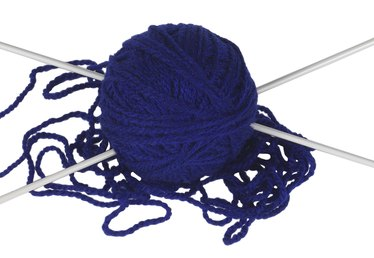 How to Pick up Stitches When Knitting in the Round
