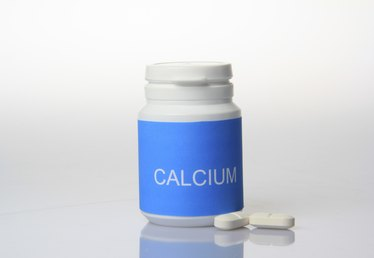Calcium Supplements & Joint Pain