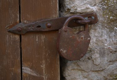 How to Remove an Old, Rusted Lock