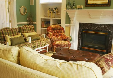 The Best Paint Colors for a Den