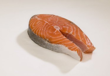 How to Defrost Salmon on the Counter