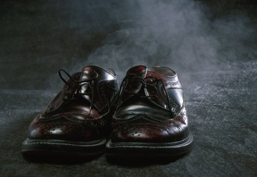 How to Clean the Soles of Leather Shoes