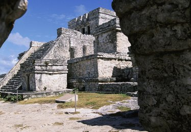 How to Visit the Mayan Ruins Near Cancun