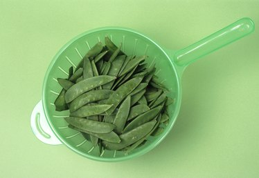 How to Pickle Green Beans in a Crock