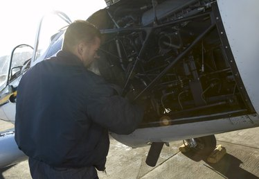 The Highest Paying Aircraft Mechanic Jobs