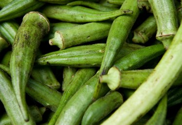 How to Cook Okra in a Pan