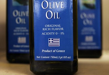 How to Import Olive Oil to the U.S.